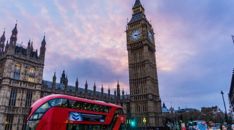 Cidadãos portugueses têm mais um ano para obterem residência no Reino Unido