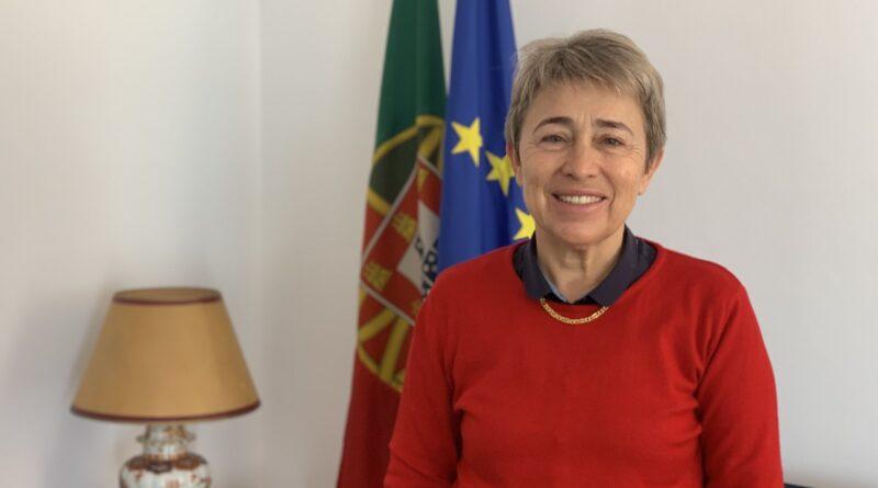 """O Programa Nacional de Apoio ao Investimento da Diáspora (PNAID), que foi aprovado em agosto, dá """"um sinal"""" de que Portugal """"valoriza o sucesso"""" das suas comunidades, disse esta semana a secretária de Estado das Comunidades Portuguesas, Berta Nunes."""